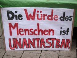 670215_original_R_K_B_by_Initiative Echte Soziale Marktwirtschaft (IESM)_pixelio.de